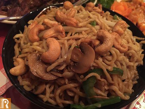 Mushroom Cashew Noodles