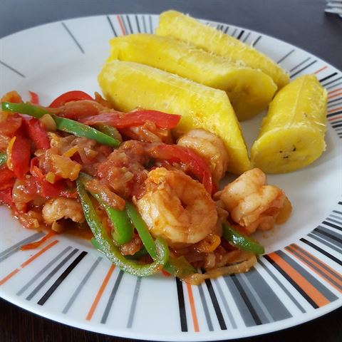 Pepper prawns and boiled plantain