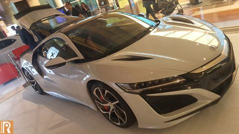 The incredible NSX by Acura