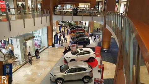 """سيارات أخرى مشاركة في معرض الكويت للسيارات """"أوتو موتو"""" 2017"""