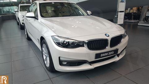 BMW 3-Series 320i