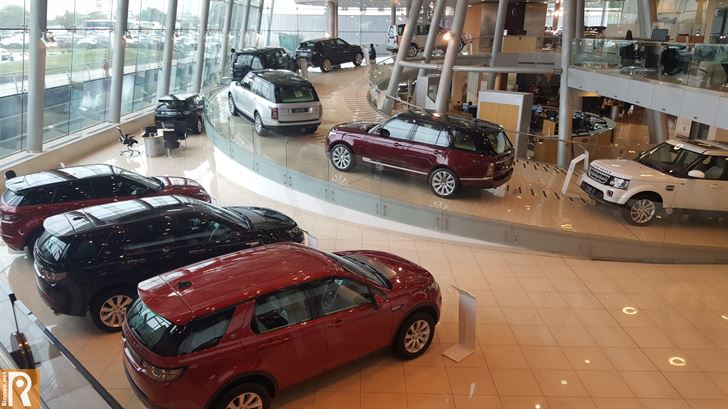 Ali Alghanim & Sons Cars Showroom - Land Rover
