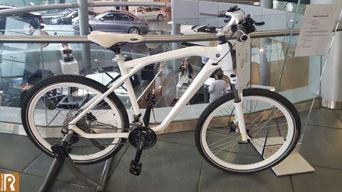 دراجة بي ام دبليو كروز