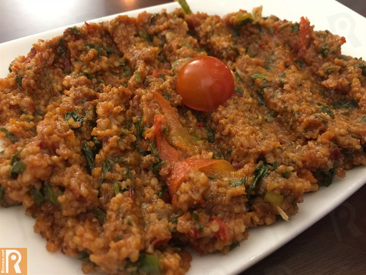 Kisir (Bulgur with tomatoes)