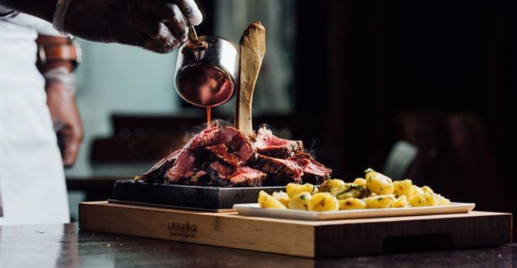 قائمة طعام جديدة في مطعم ذا ميت كو في دبي وأبوظبي