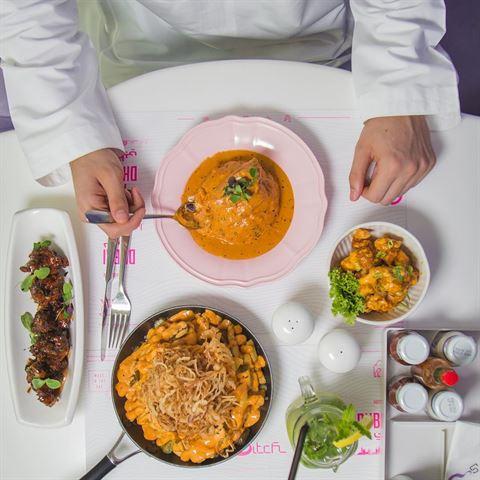 الصورة 46479 بتاريخ 12 أكتوبر 2017 - مطعم سويتش - وسط المدينة (دبي مول)، الإمارات