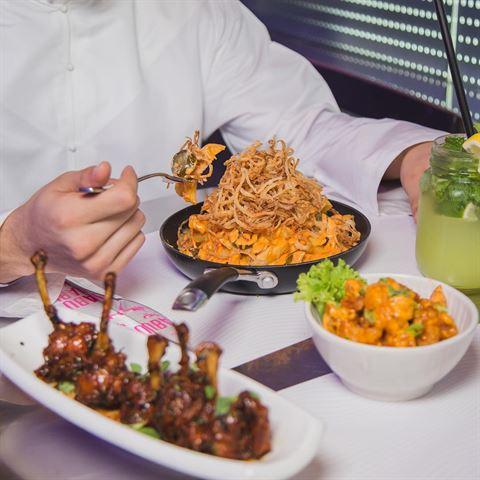 الصورة 46480 بتاريخ 12 أكتوبر 2017 - مطعم سويتش - وسط المدينة (دبي مول)، الإمارات