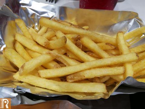 تجربتنا في مطعم روك هاوس سلايدرز فرع شرق