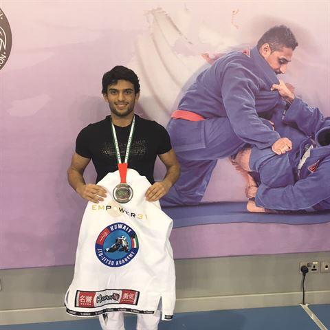 صورة من فوز البطل محمد الماجد في بطولة البحرين لمحترفي الجوجيتسو