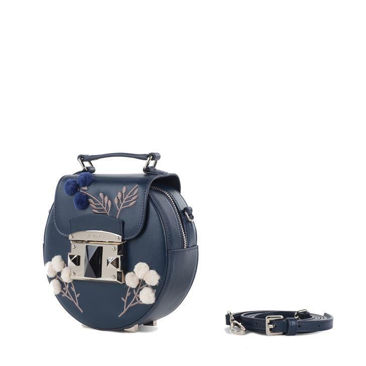 """الصورة 47507 بتاريخ 2 أغسطس / آب 2017 - حقيبة يد """"آي تي ناتشور"""" الصغيرة من كروميا"""