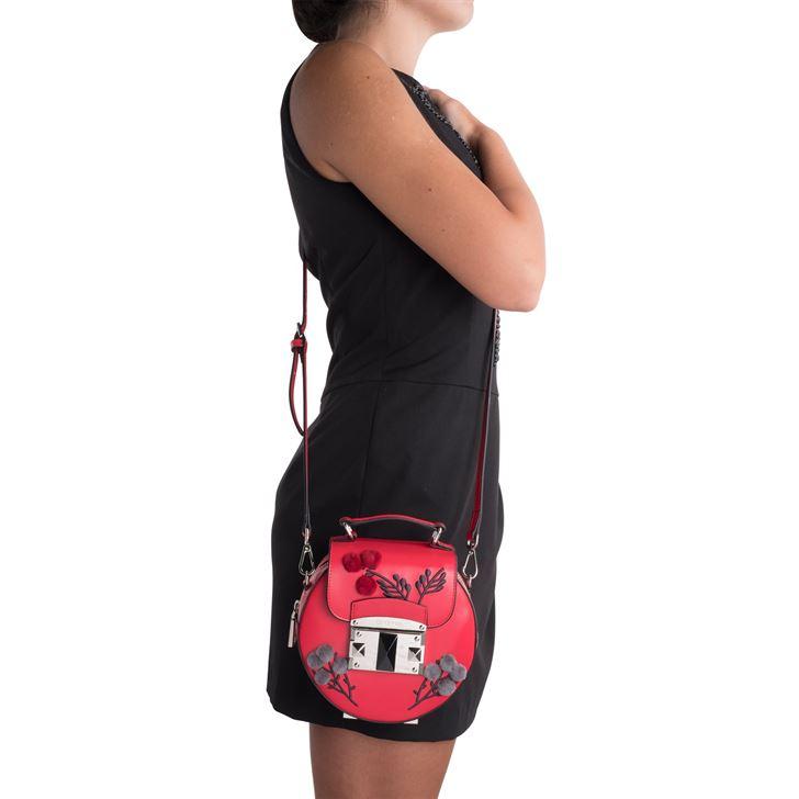 """الصورة 47513 بتاريخ 8 أغسطس / آب 2017 - حقيبة يد """"آي تي ناتشور"""" الصغيرة من كروميا"""