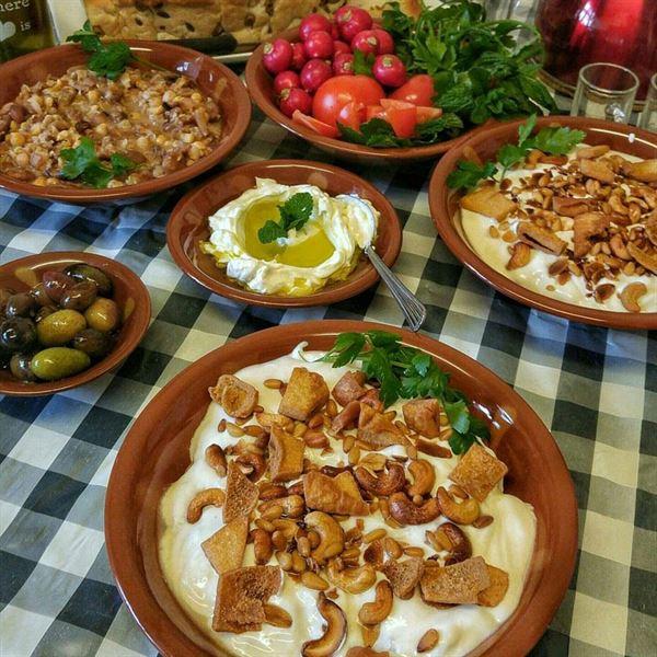 أهم عناصر سُفرة الترويقة اللبنانية