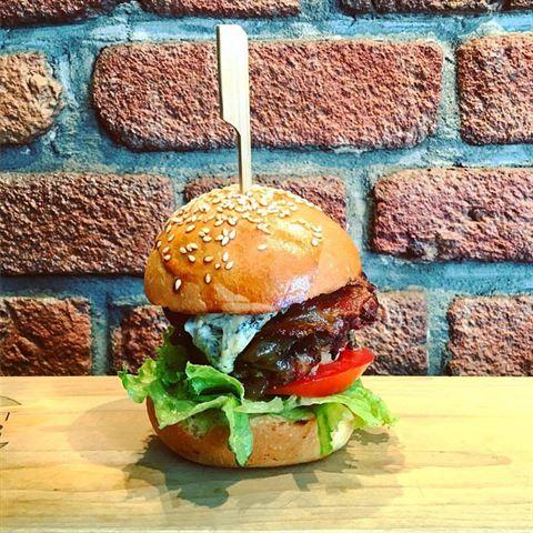 Photo 36094 on date 20 Febraury 2017 - Le Gourmet Burger Restaurant