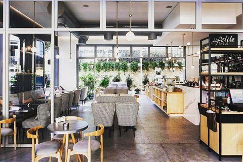 Photo 38239 on date 27 Febraury 2017 - La Petite Table Restaurant