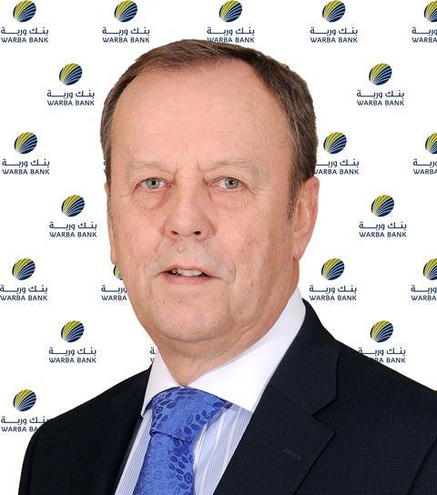 السيد سايمون كليمنتس، رئيساً للمجموعة المصرفية للأفراد