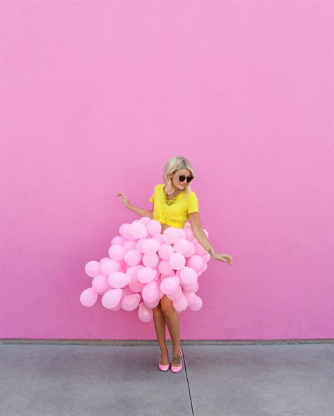 5 Creative Colorful Photos made with Balloons