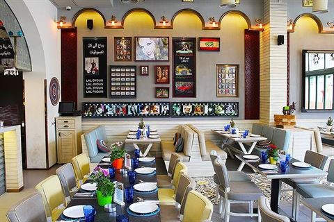 الصورة 39965 بتاريخ 20 مارس / آذار 2017 - مطعم نسمة بيروت
