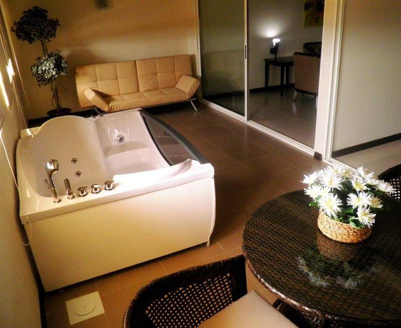 photos of portaluna hotel resort jounieh. Black Bedroom Furniture Sets. Home Design Ideas