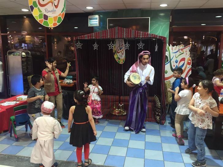 """مركز سلطان يحتفل بال  """"قرقيعان"""" في عدد من  فروعه"""