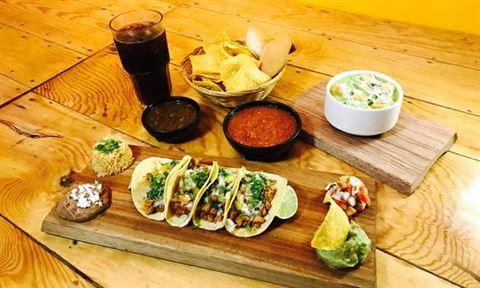 الصورة 54924 بتاريخ 18 أكتوبر 2018 - مطعم مارينا بونيتا للتاكو والمشويات - فرع ذا سستنيبل سيتي - دبي، الإمارات