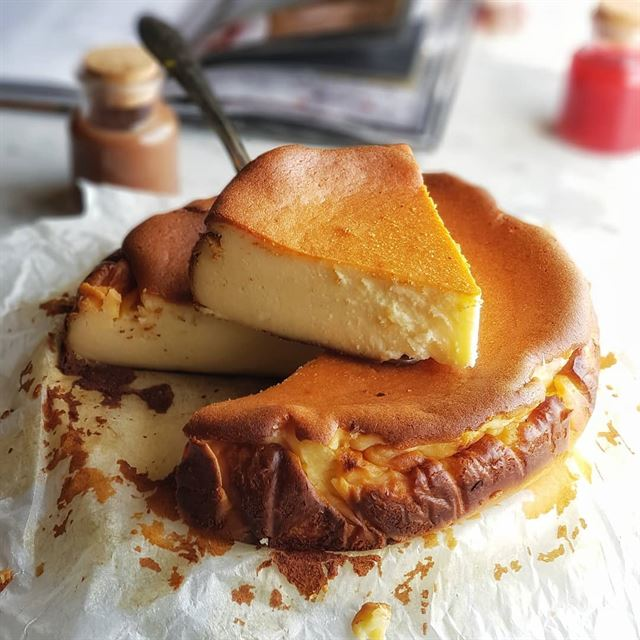 Sable San Sebastian Cheesecake