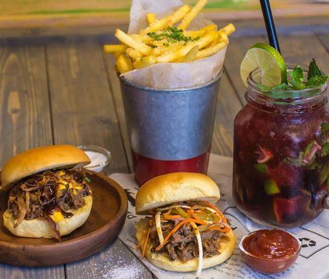Photo 54353 on date 8 October 2018 - Moylo's Burgers Restaurant - Jumeirah (Jumeirah 3) - Dubai, UAE