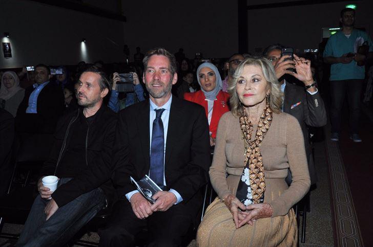 """مسرحية """"أوليفر تويست"""" في مدرسة الكويت الوطنية الإنجليزية"""