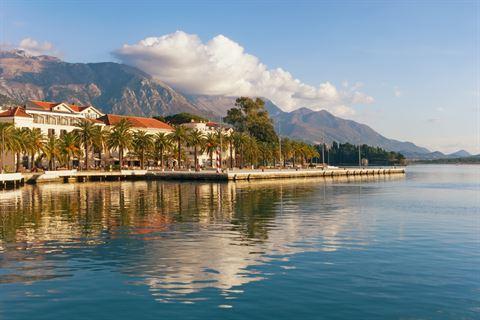 سافر إلى تيفات في الجبل الأسود (مونتينيغرو) مع فلاي دبي ابتداء من 26 مارس 2018