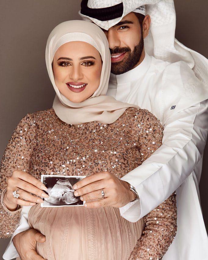الإعلاميان عبدالله مال الله وأسرار السعيد رُزقا بمولودتها الأولى