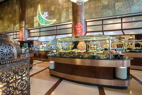 Relish the finest Iftar at Al Raha Beach Hotel