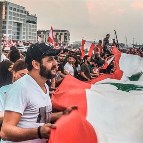 7 انجازات لثورة 17 تشرين وأجمل الصور من انتفاضة 2019