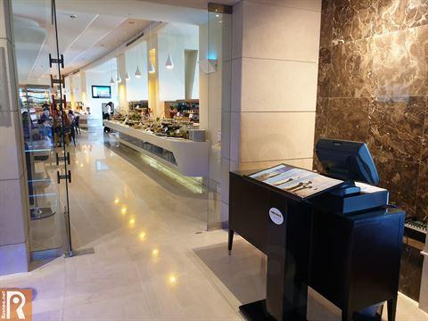 بوفيه برانش يوم الجمعة العائلي في فندق سفير الفنطاس