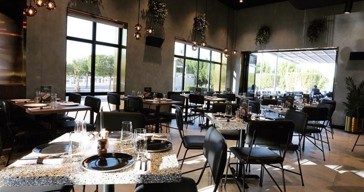 افتتاح مطعم 400 جرادي على شارع الخليج العربي