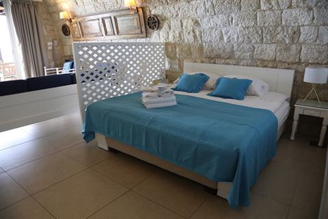 الصورة 64073 بتاريخ 20 ديسمبر / كانون أول 2019 - فندق لي بلان بلو ، لبنان