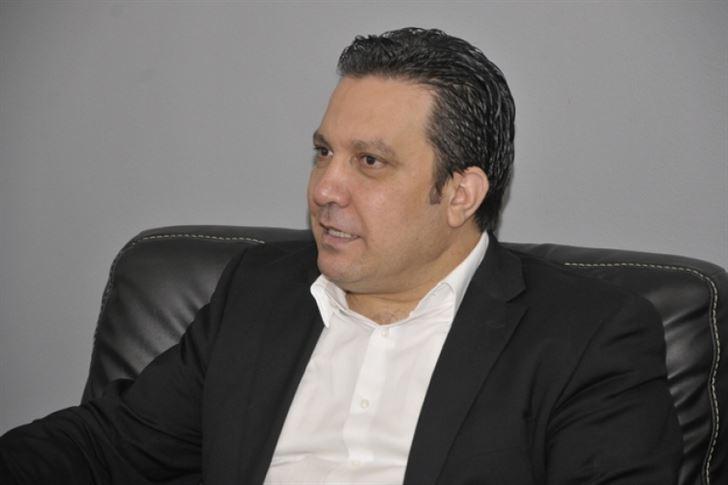 """أمسية شعرية بحضور الشاعر و الإعلامي المتألق """" زاهي وهبي"""""""