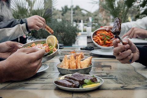 الصورة 56637 بتاريخ 21 فبراير 2019 - مطعم خنين - فرع الري (الافنيوز) - الكويت
