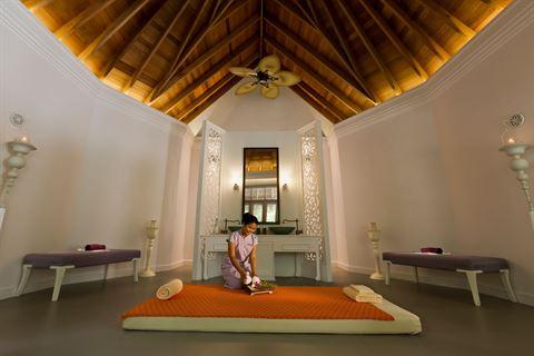 دوسِت تاني جزر المالديف يُقدّم عرضاً مميزاً لسكّان الإمارات العربية المتحدة