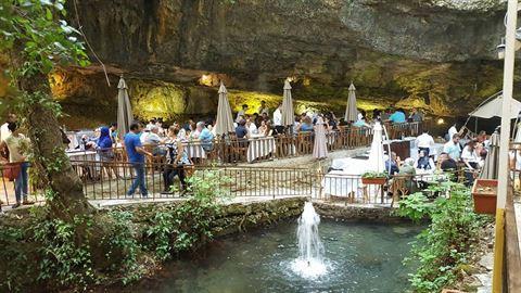 الصورة 61063 بتاريخ 3 أغسطس / آب 2019 - مطعم شلالات نبع مرشد - المختارة، لبنان