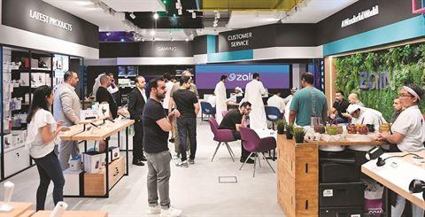 """زين تفتتح متجرها """"Zain Store"""" لعشاق التكنولوجيا في مشرف"""