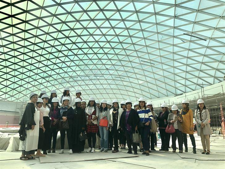 مجموعة المرأة الدولية تطلع على آخر تطورات مول 360 ومشروع مجمع الشيخ جابر العبدالله الجابر الصباح